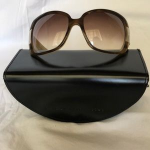 Sunglasses brown marble